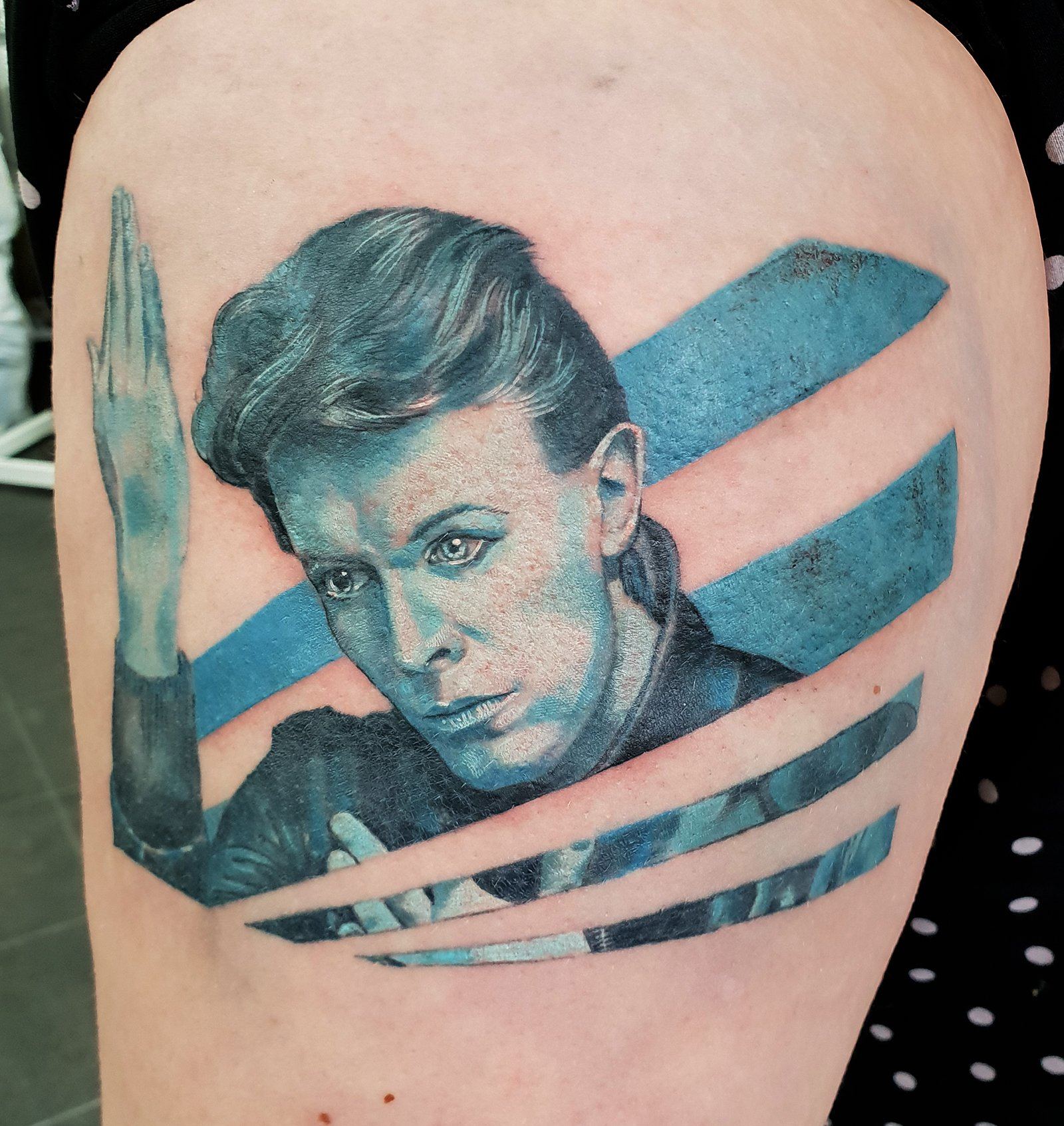 david bowie ziggy heroes blue portrait leg tattoo realism best pop sta