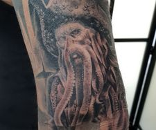 davy crockett pirates caribbean tattoo sleeve realistic portrait manch